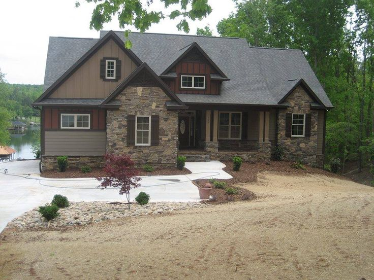 Front exterior of the cloverbrook 5023 built by north for Custom lake house plans