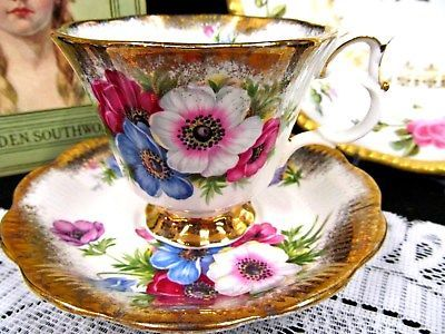 ROYAL ALBERT TEA CUP AND SAUCER FLORAL THICK GOLD GILT BANDS TEACUP PATTERN