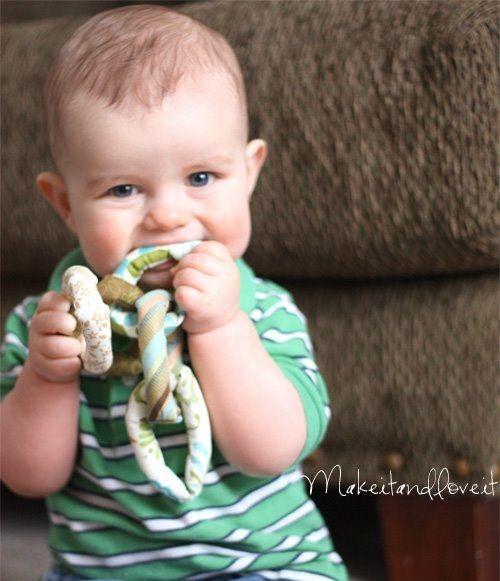 Развивающие игрушки своими руками для детей. Четыре разновидности развивающих игрушек из ткани – мастер-класс от Ashley