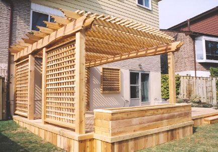 terrasse en bois avec bac fleur et pergola raffin e jardin secret pinterest photos. Black Bedroom Furniture Sets. Home Design Ideas
