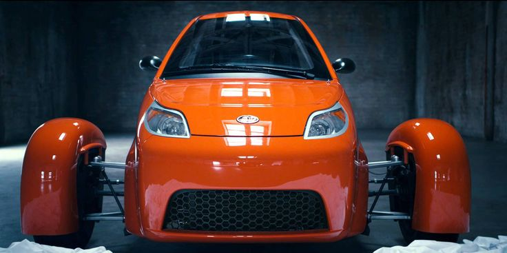 Deliveries For The P5 3-Wheeler From Elio Motors Postponed For 2017 Over 50 000 people have booked a fuel efficient P5 3-Wheeler. In spite of the imposing number, Elio Motors have just announced that the first deliveries of the long waited vehicle have been postponed for 2017. The brand plans on selling 100 pre-production units produced in the Shreveport...