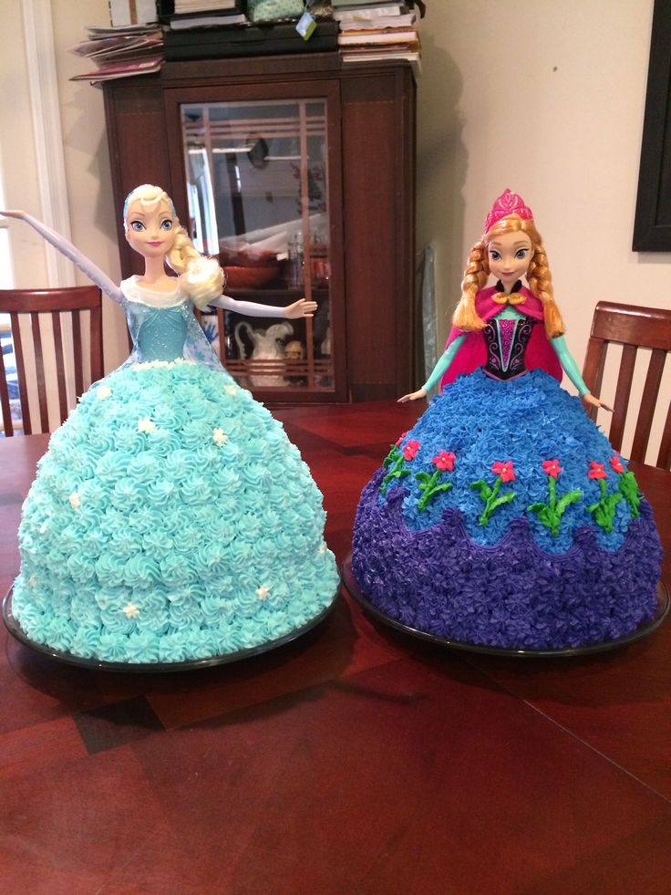 Frozen - Elsa and Anna cakes