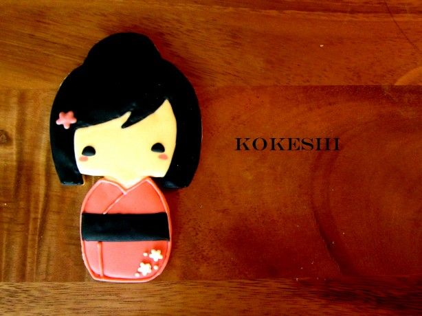 Kokeshi Doll Cookie · Edible Crafts | CraftGossip.com