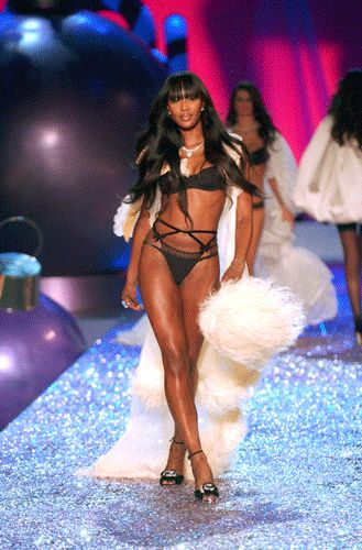 naomi-campbell-net-worth-victoria-secret-black