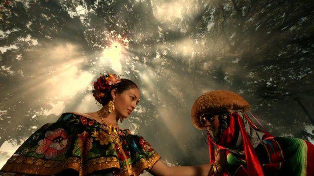12 |Tradiciones: La Fiesta de los Parachicos | CHIAPAS