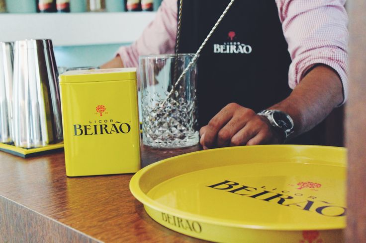 Material de bar com assinatura do Licor Beirão