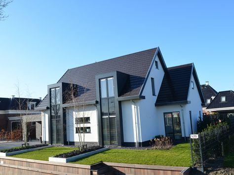 De moderne stijl en trends van nu, vertaald naar strakke en moderne woningen.
