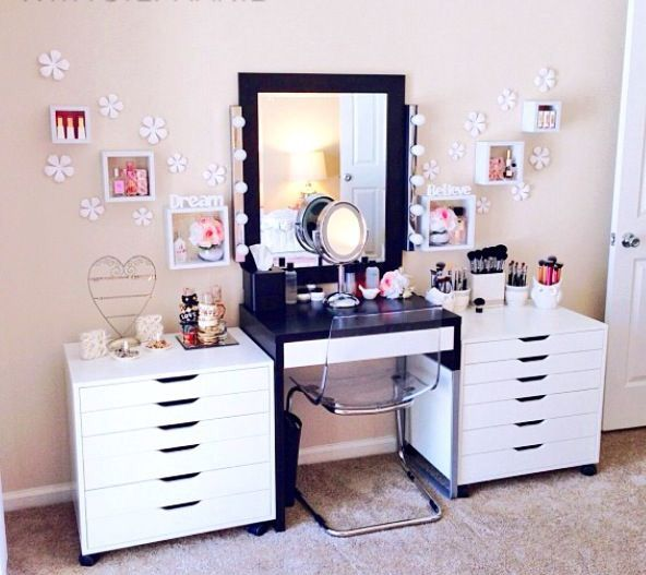17 Best Images About Vanities And Dressing Tables On Pinterest Pink Vanity