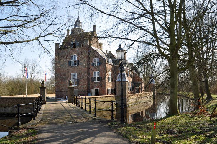 """Renesse (Zeeland) - Castle / Schloss / Château """"Moermond"""""""