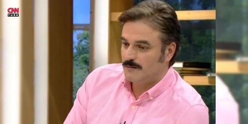 Ufuk Özkan: Korkudan kılcal damarım patladı: Kanal D ekranlarında yayınlanan Renkli Sayfalar programına katılan sunucu ve oyuncu Ufuk Özkan Geniş Aile Yapıştır filmi çekilirken ölümden döndüğünü açıkladı.