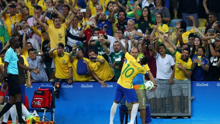 ブラジル、自国開催のオリンピックで初の金メダル ネイマールのPK弾で決着 #サッカー #リオ五輪