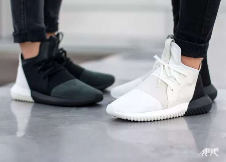 adidas Tubular Defiant W (Core Black / Core Black / Off White)