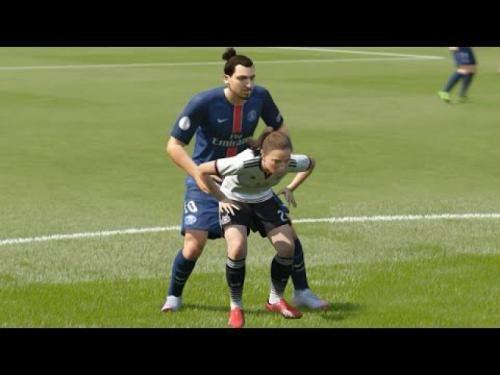 Videogiochi: #FIFA #17: un #video dedicato ai glitch (link: http://ift.tt/2d2CmAR )