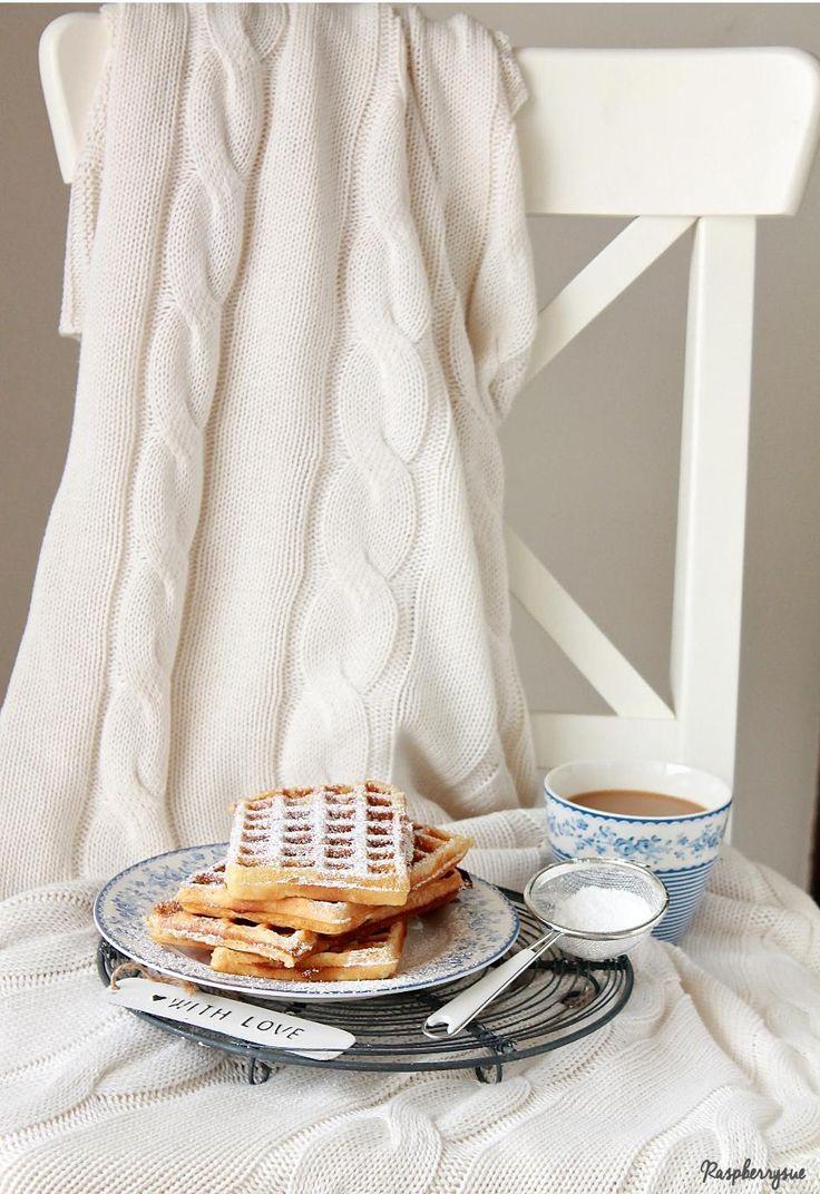 Wie bereits angekündigt, geht es schon weiter mit dem Thema Frühstück. Dieses Mal einer meiner absoluten Favoriten: Waffeln!! #ichbacksmir #frühstück #breakfast