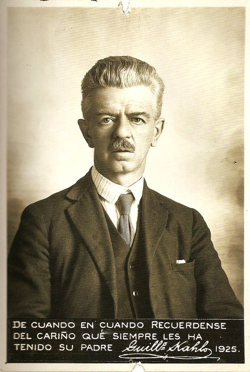 Guillermo Kahlo, padre de Frida, 1925 (Frida's father)