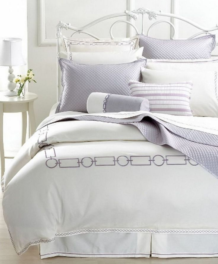 Best 25 hotel collection bedding ideas on pinterest for Hotel style comforter
