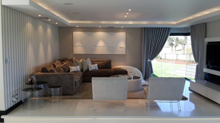 Lounge by Frans Alexander Interiors 0315617791