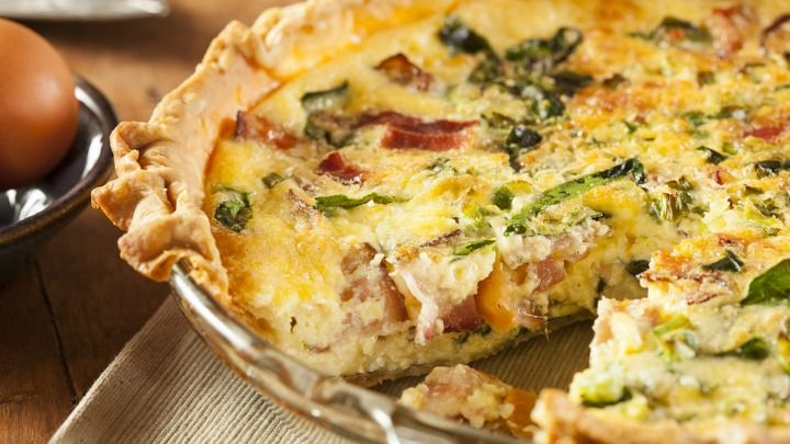 Cheddar, bacon and sage quiche