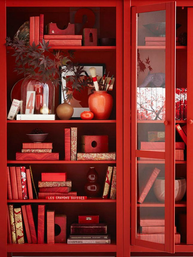The monochromatic use of red here appears elegant and visually balanced. The use of the neutral colour white helps to separate some of the similar shades and tints.