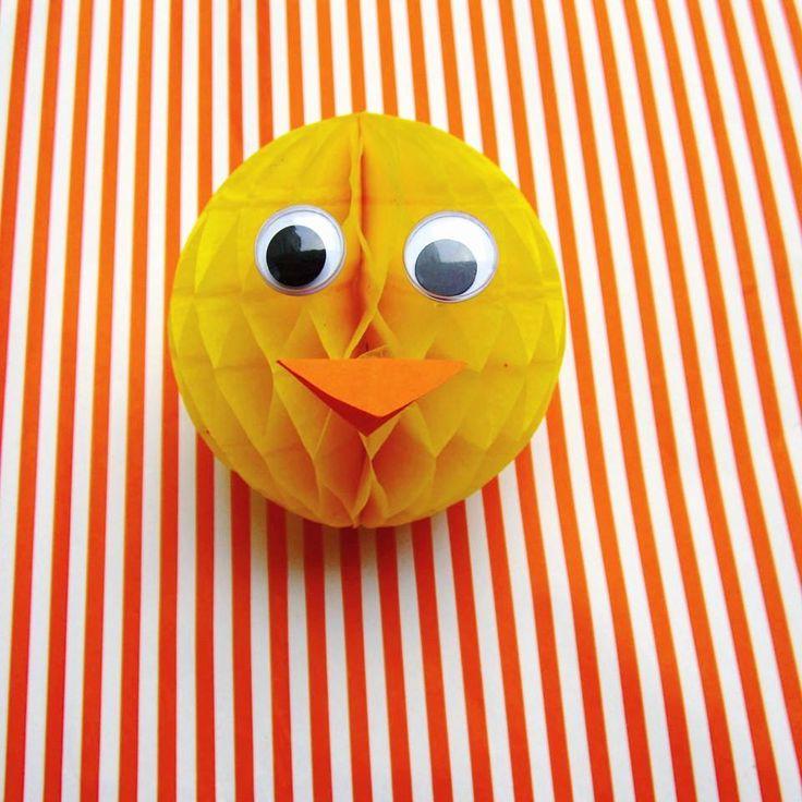 #rubberducky #rubberduckyparty #rubberduck #honeycombball #babyshower #babyparty #babyideas #tity #party #partydecor #eventdesigner #eventdesign #eventplanning #eventplanner #stripes #yellow #orange #eyes #minimal #design #withlove #handmade #crafts #diy #zaragoza #instadaily #instababy #instaparty #instadiy #50likes