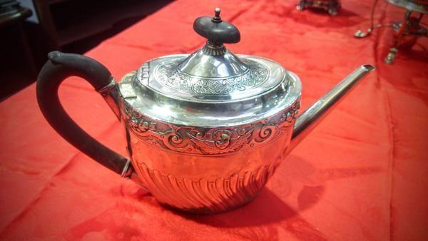 GA1097   -   Gothic stirling silver teapot c1810