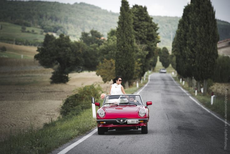 Retro cabrio Alfa Romeo for the wedding day / Ретро кабрио Альфа Ромео на свадьбу