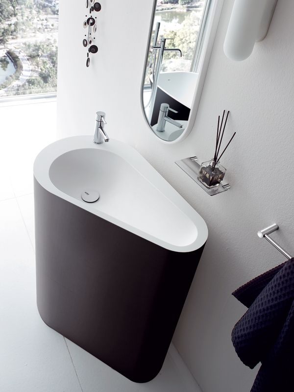 Freestanding Korakril™ washbasin BOMA | Freestanding washbasin - @rexadesign