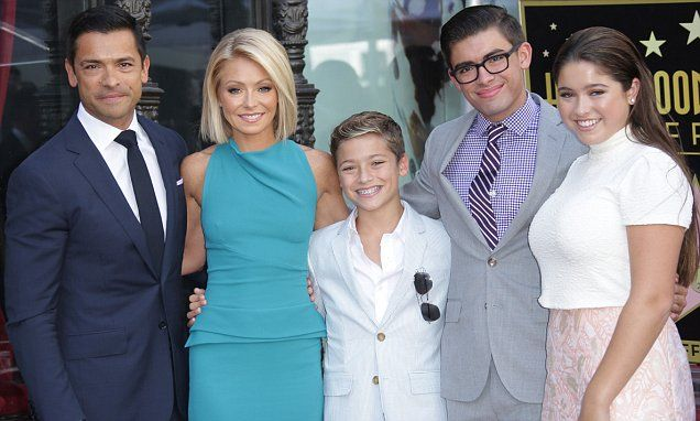 Kelly Ripa gets a star on the Hollywood Walk Of Fame