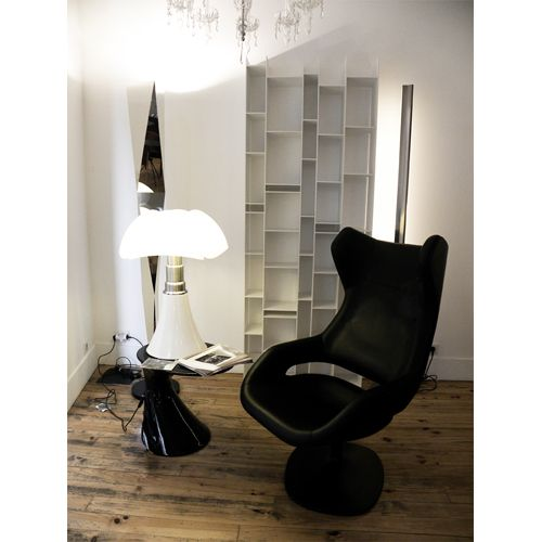 martinelli pipistrello lampes poser design gae aulenti vente luminaires design avec voltex. Black Bedroom Furniture Sets. Home Design Ideas
