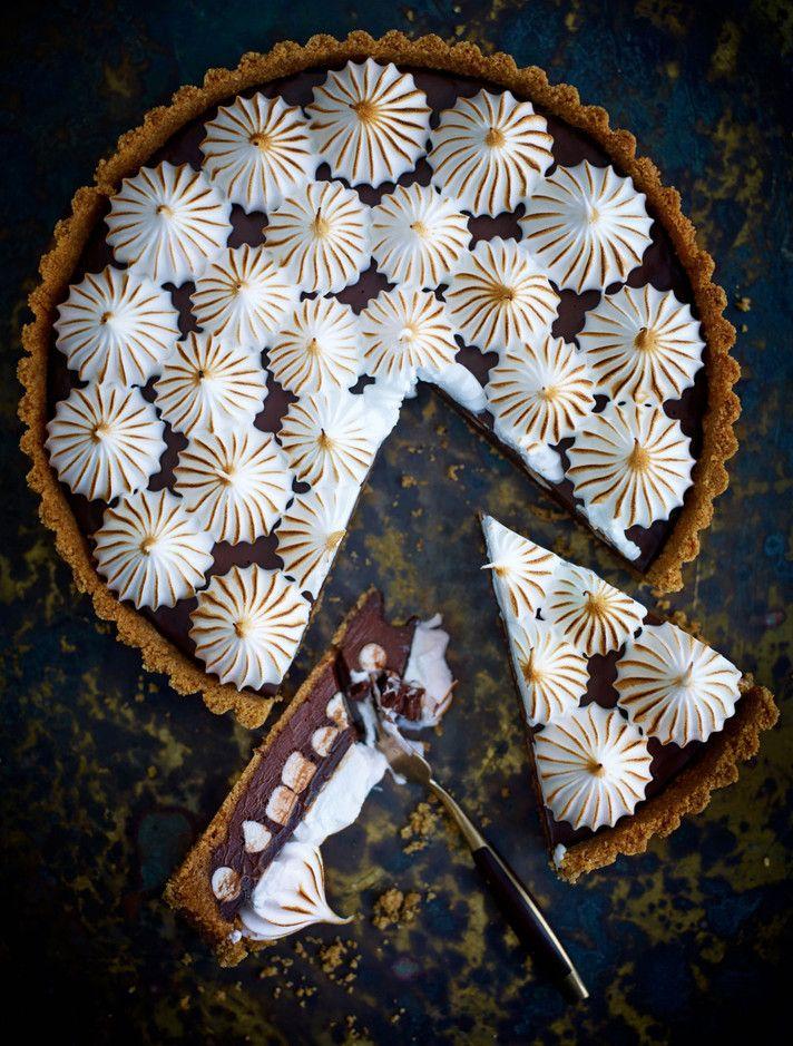 Suklaa-marenkipiiras // Chocolate-Meringue Pie Food & Style Roy Fares wolfgangkleinschmidt.choicestockholm.com