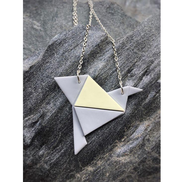 Origami bird necklace   Origami lintu kaulakoru made by CherryAnn Suomalaista käsityötä/ Made in Finland www.madebycherryann.com Instagram @madebycherryann Facebook Made by CherryAnn