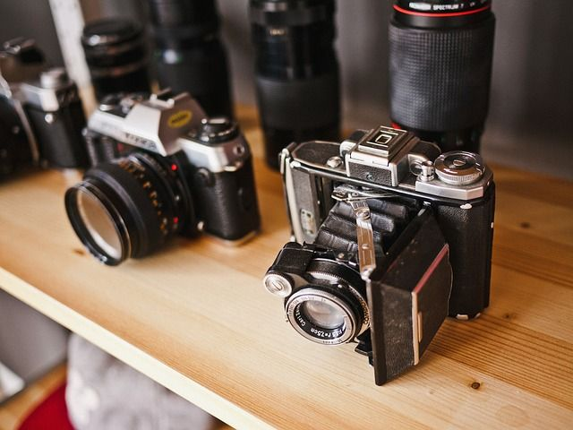 A Beginners Guide to Buying Camera Gear on eBay