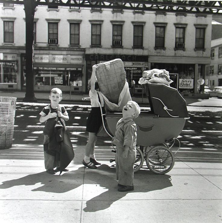 New York, Settembre1953 © Vivian Maier Maloof Collection, Courtesy Howard Greenberg Gallery, New York