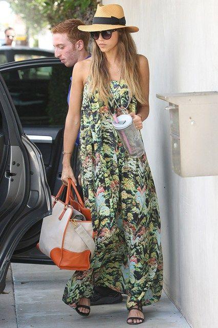 Jessica Alba - Celebrity Biography and photos on GLAMOUR.COM (Glamour.com UK)