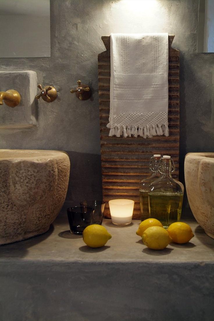 Masseria Cimino, Savelletri di Fasano, 2005 #design #interiors #bathroom #lemon #rural