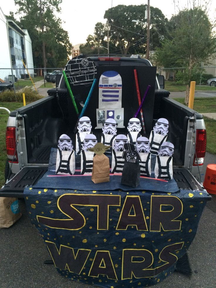 9 best Costumes images on Pinterest Trunk or treat, Comic con and - halloween decorated cars