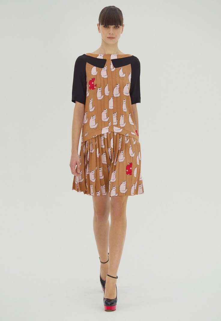 oh I can so see myself laughing in this groovy Victoria Beckham cat dress