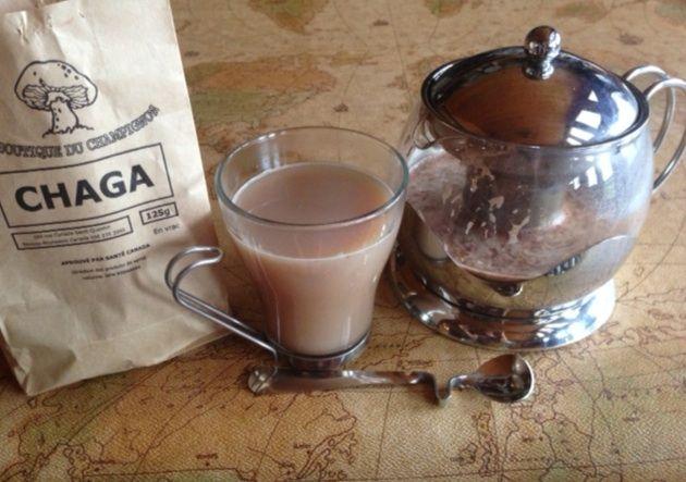 Thé latté au Chaga Le chaga est un champignon de chez nous peu connu. Antioxidant par excellence, il est aussi riche en divers nutriments. Vous pouvez le consommer sous diverses formes. Nous vous proposons la recette de thé latté au Chaga de La boutique du champignon de Saint-Quentin.