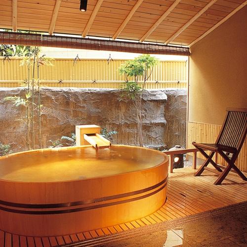 山代温泉 瑠璃光 (石川県)  http://travel.rakuten.co.jp/HOTEL/6191/
