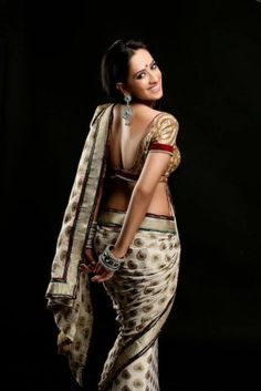 Monali Sehgal (Actress) Profile with Bio, Photos and Videos - Onenov.in