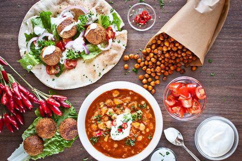 Cizrna by se ve vašem jídelníčku měla objevit hned z několika důvodů: je chutná, výživná a především ta doma uvařená i velmi dostupná
