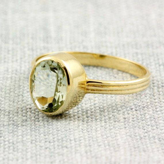 Gold oval cut ring peridot green amethyst by KyklosJewelryLab