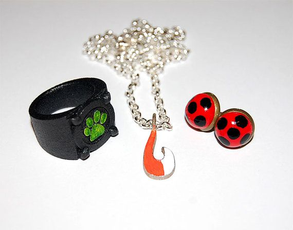 Miraculous Ladybug Volpina Inspired Necklace by JapaneseNote
