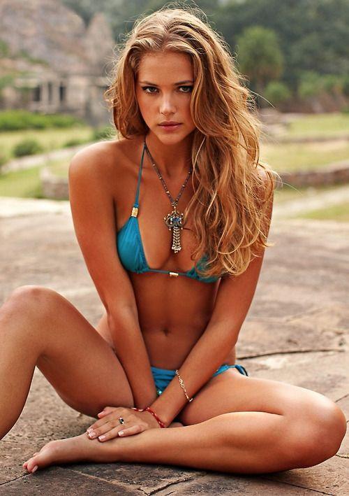 bikinigals:     Esti Ginzburg is 100% gorgeous sitting in a blue bikini