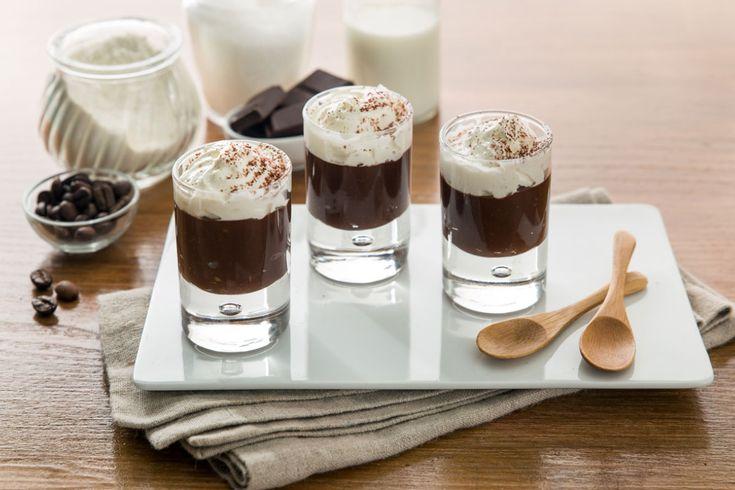 Bicerin espresso, sıcak çikolata ve yoğunlaş tırılmış süt köpüğü ile hazırlanan, küçük yuvarlak katlı cam bardaklarda servis edilen, İtalya'nın Turin kentine özgü geleneksel sıcak içecektir. ABD'de süt yerine çırpılmış krema ile hazırlanan versiyonu da bulunmaktadır.