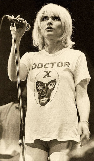 """Philosophy of Science Portal: """"The Rainbow Connection""""...Debbie Harry & Kermit the Frog"""