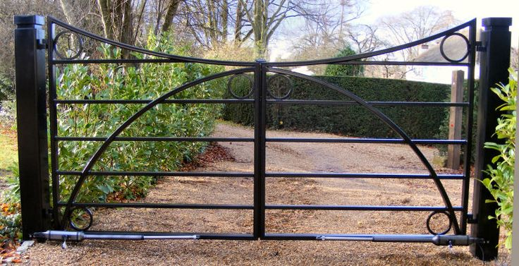 Farm Gates Metal | More examples of Wrought iron estate gates or grand entrance gates