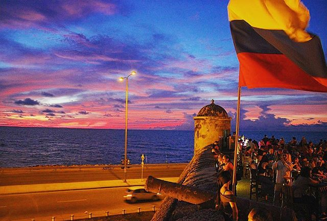 """That was my last #sunset in #colombia! #cartagena de #indias #cartagenadeindias #cartagenacolombia #sunsets #sunsetporn #sunset_ig #sunset_pics #travel #travelgram #instatravel #instagood #instamood #travelblogger #travelphotography #traveling #latinamerica #experiencecolombia #ig_colombia #igrescolombia #colombia_greatshots #colombiaesincreible"" by @travelandfilm (Emily Zanier). #turismo #instalife #ilove #madeinitaly #italytravel #tour #passportready #instavacation #natgeotravel…"