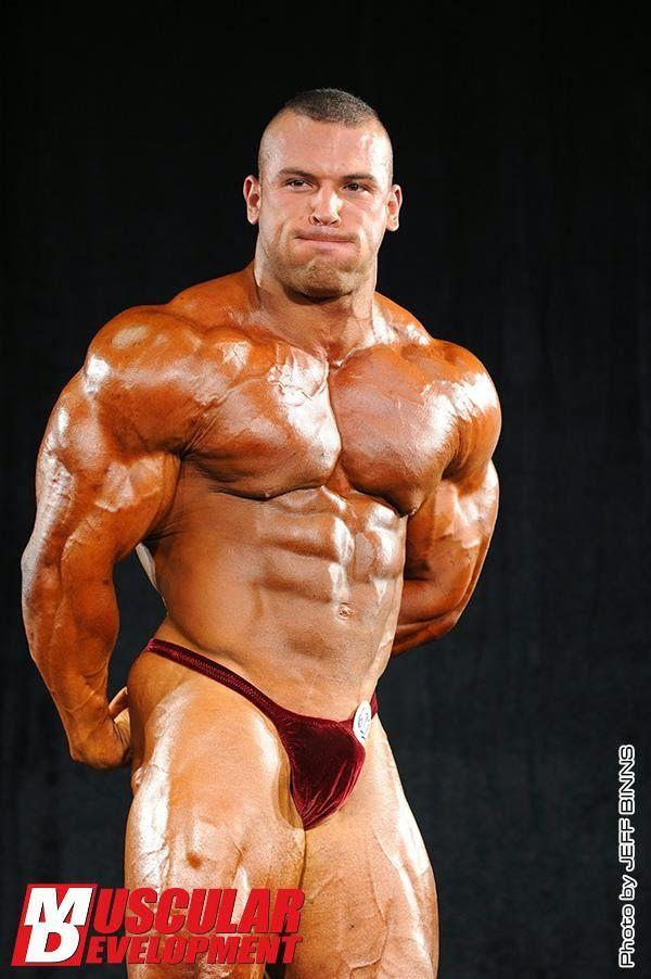 Sportsman Bulge Naked : Bodybuilder