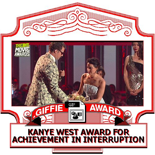 Aubrey Plaza pulled a Kanye on Will Ferrell's acceptance speech at the MTV Movie Awards